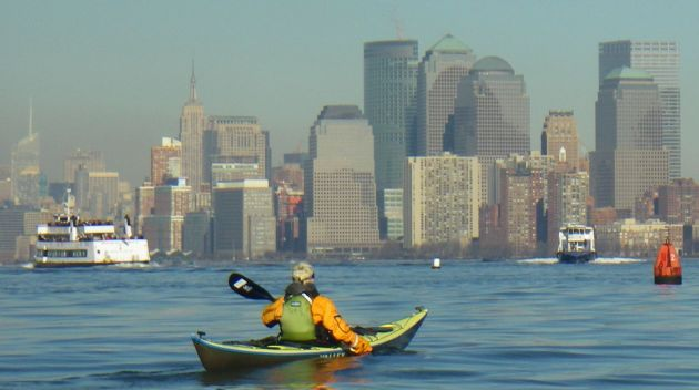 new-york-kayaking